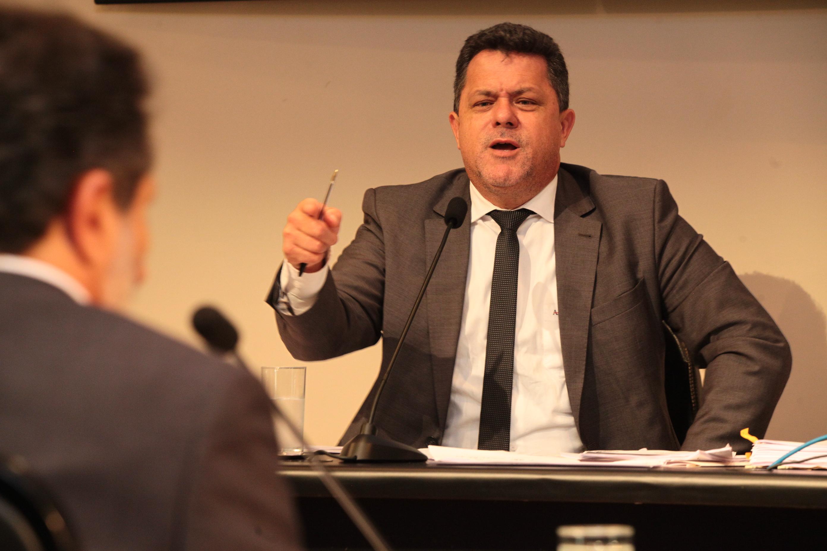 Deputado Ivan Naatz, relator da CPI