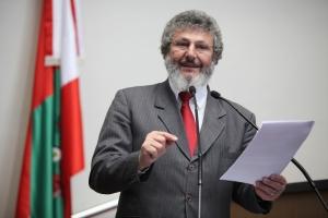 Parlamentar propõe mobilização pelo fim da violência contra as mulheres no estado (Foto: ALSC)