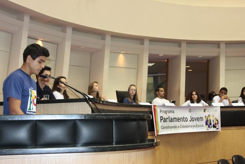 Resultado de imagem para 14ª edição do Parlamento Jovem Brasileiro